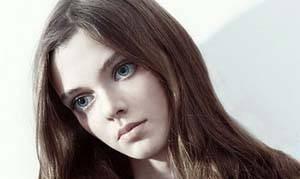 دختر مدل اوکراینی با چشمانی ترسناک و اغواگر + عکس