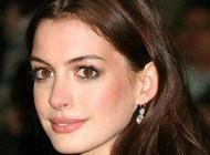 بازیگر معروف هالیوود خود را دختر بدی می داند + عکس