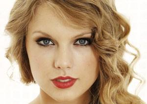 درباره زندگی تیلور سوئیفت خواننده زیبا و جوان