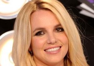 بریتنی اسپیرز پردرآمدترین خواننده زن در سال 2012 شد