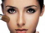 آیا میدانید خانم ها 1 سال از عمر خود را صرف آرایش می کنند