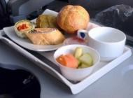 قبل از پرواز این غذاها را نخورید (تغذیه سالم)
