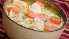 تهیه سوپ جوجه و ذرت تازه با شیر!