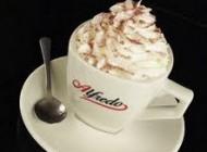 تهیه قهوه مدرن و بینظیر  اگنوگ Eggnog Coffee Latte
