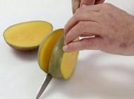 روش راحت بریدن میوه مانگو یا انبه