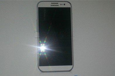 موبایل سامسونگ گالکسی S4 وارد بازار شد!! (عکس)