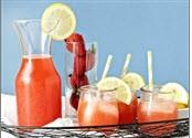 لیموناد از نوع توت فرنگی