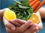 برای داشتن ناخن های سالم تغذیه سالم داشته باشد
