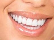 لب های زیبا  = لبخند زیبا