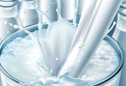 آیا میدانستید به شیر پرچرب وایتکس میزنند؟
