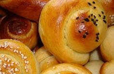 تهیه نان كماج خرمایی