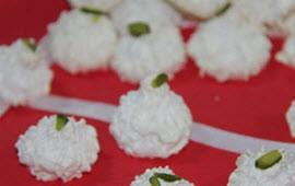 شیرینی پفکی نارگیلی درست کنید