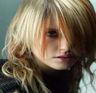 علت تغییر یک دفعه رنگ موهایمان چیست؟