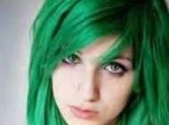 چرا موهایمان خدادادی سبز و آبی نیست؟
