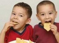 علائم پرخوری کودکان