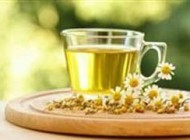 اگر درد کمر دارید داروی شما چای بابونه است