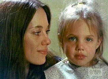 حرف دل آنجلینا جولی در مورد مادرش