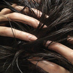 درمان ریختن مو در خانم ها و آقایان