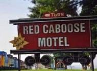 هتل های عجیب و خانه های چکمه ای جالب (عکس)