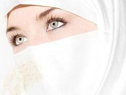 حجاب در مقابل  پسری که بالغ نشده
