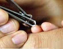 چگونگی کوتاه کردن ناخن کودک