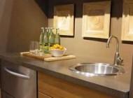آشپزخانه کوچک و تنوع دکوراسیونی