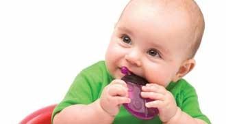 آیا غذا روی فاسد شدن دندان کودک تاثیر دارد؟