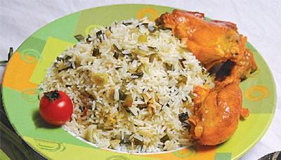 طبخ  پلوی پیازچه با مرغ