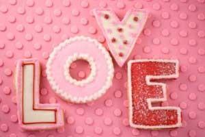 بررسی انواع عشق دوران مجردی