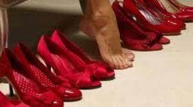 کفش های قرمز را فراموش نکنید
