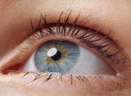 آموزش و نکات  گذاشتن لنز زیبایی