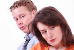 با همسران منفی باف چکار کنیم؟