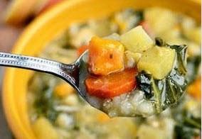 طبخ سوپ جو رژیمی