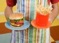 اینگونه فست فود بخورید و چاق نشوید