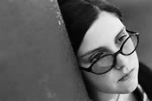 مشکلات روحی و روانی دختران ایرانی
