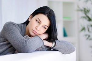 عوارض لکه بینی در زن ها