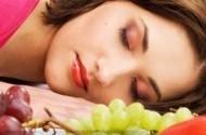 مواد غذایی مفید و مضر برای داشتن خوابی راحت