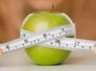 چه چیزهایی به چاق شدن شکم کمک میکند
