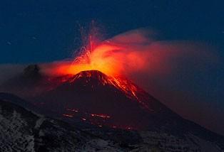 عکس های جالب از جذاب ترین آتشفشان