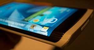 سامسونگ سال 2014 تلفنی با نمایشگر عالی عرضه میکند