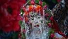 زنی که عجیب ترین عروس جهان شد (+عکس)