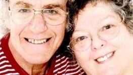 زن با وفا با همسرش خودکشی کرد!! (+عکس)