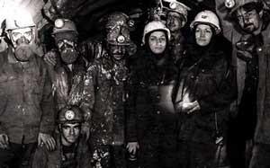اولین خانم ایرانی که دست مردان را از پشت بسته (عکس)